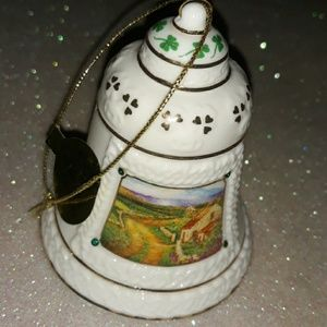 2009 Danbury Mint Irish Ornament (celtic bell)